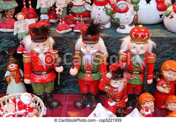 Christmas market - csp5221939