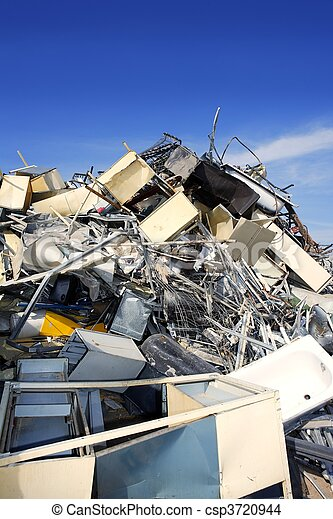 metal scrap recycle ecological factory environment - csp3720944